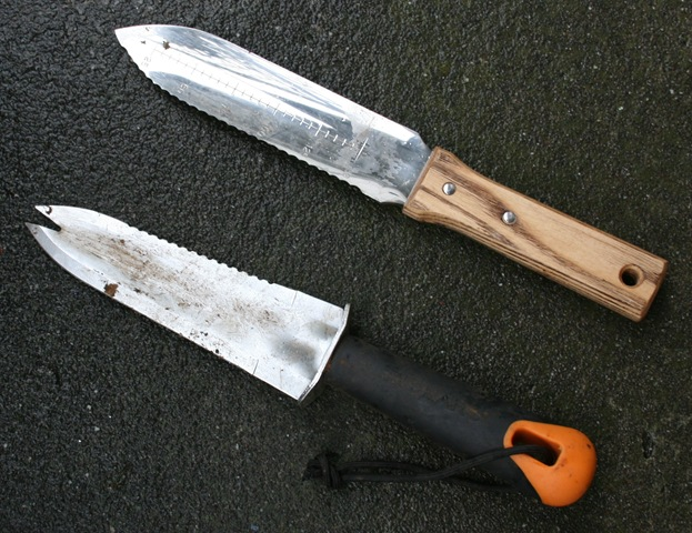 and to mytwofavoritehandtools weeds hori at my soil garden what brandish horis review knives japanese tools two hand trowels favorite your