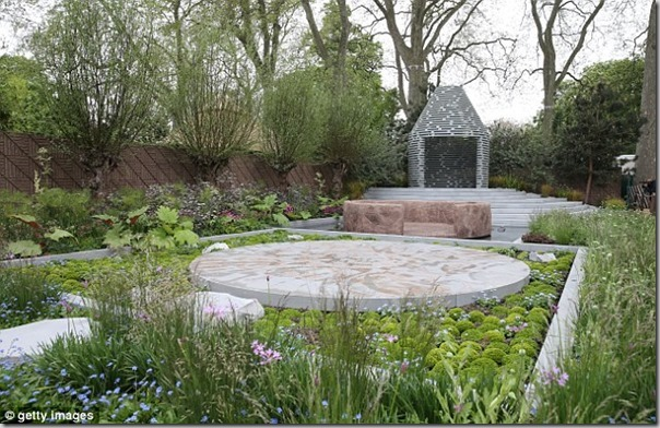 Post image for Monday Miscellany: Prince Harry's Chelsea Garden, Fine Foliage, Modernica Giveaway and a New Blog to Follow